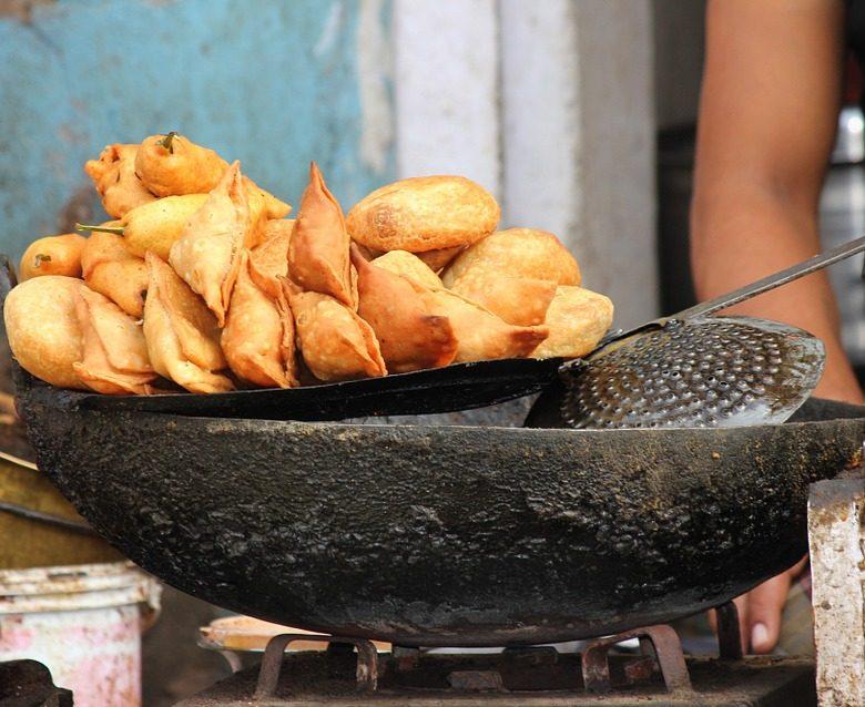 Image depicting eat street trip snacky samosa